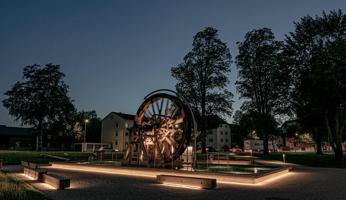 Der heutige Salinenpark bei Nacht (Foto: Johann Hartl)